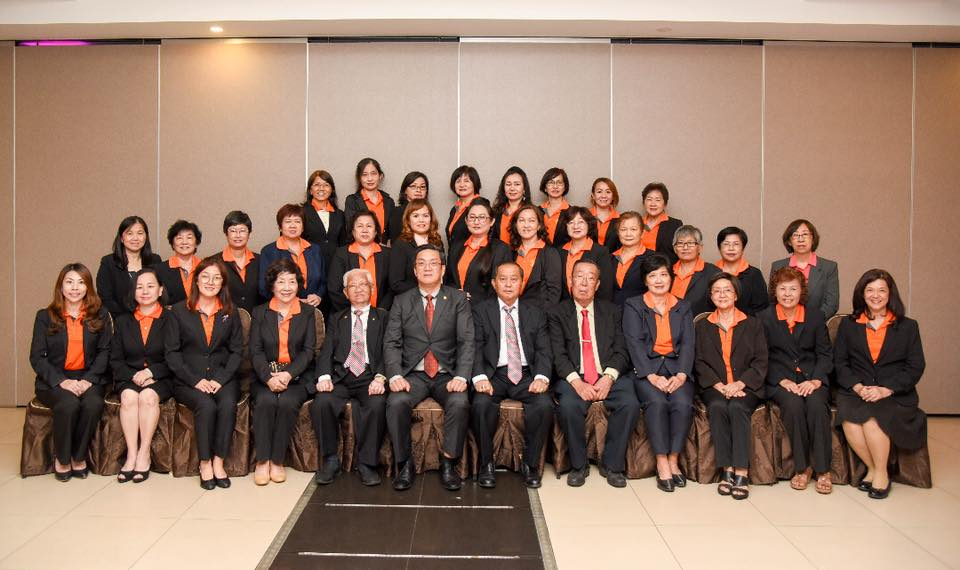 第九届(2018-2021年)妇女组职员表
